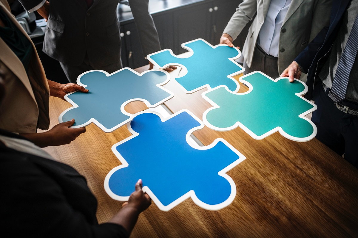 Team activity to solve a puzzle